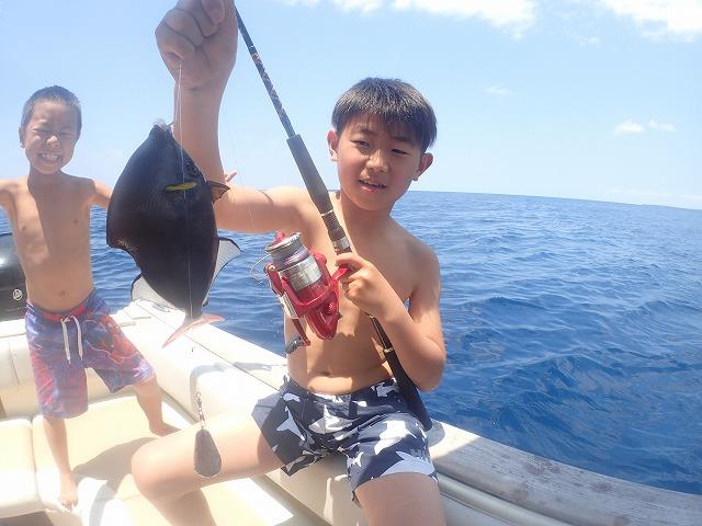 西表島貸切ボートチャーターシュノーケリング&釣りツアー