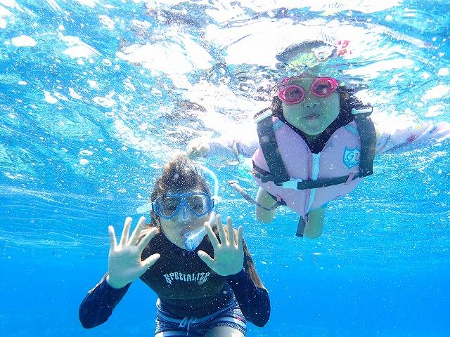 西表島からツアー後は石垣島へ貸切ボートチャーターシュノーケリング&釣りツアー