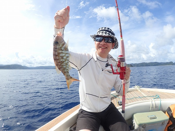 石垣島から奥西表貸切ボートチャーターシュノーケル&釣りツアー