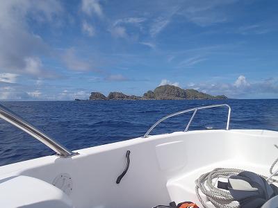 オガン島こと、仲の神島