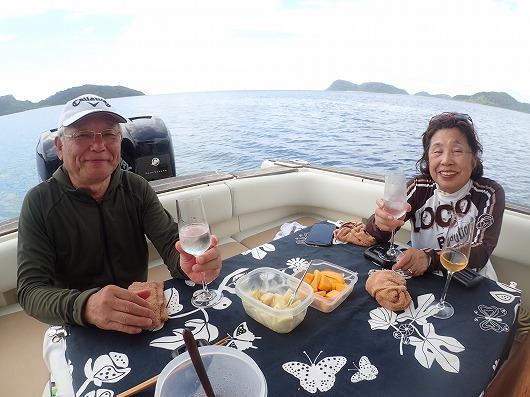 小浜島より貸切ボートチャーターファンダイビングコース