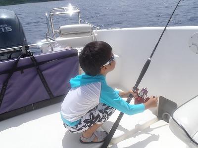 西表島の海のリゾートで釣りに挑戦