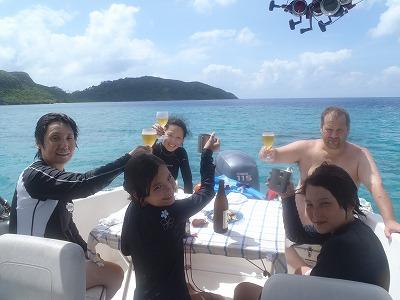 西表島で船上リゾートランチ