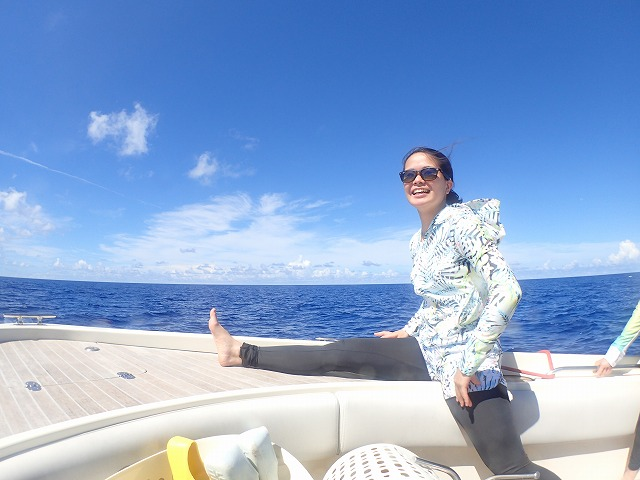 西表島から波照間島ボートチャーターシュノーケリングツアー
