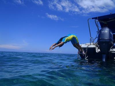 西表島の海へ飛び込み!