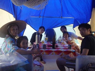 お泊りは竹富島と石垣島でも貸切ボートチャーター釣りツア-満喫のキョウちゃんとユウちゃん!
