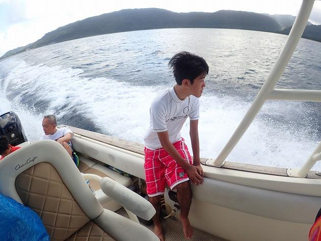 最終日は奥西表貸切ボートチャーターシュノーケルツアー後石垣へ