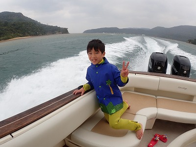 シュン君石垣から日帰りで西表へボートチャーター貸切ツアー