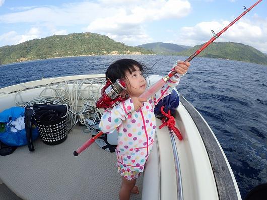 奥西表で貸切ボートチャーター釣り&ファンダイビング